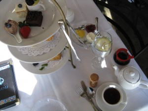 Table Setting at Boulder Dushanbe TeaHouse (image credit HighTea.com)