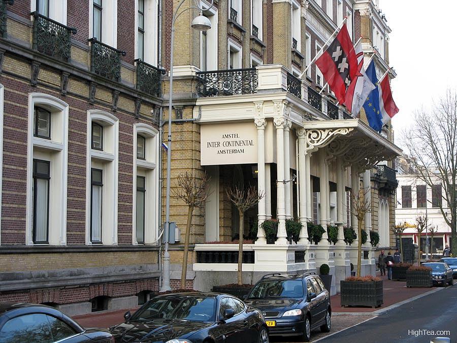 Amstel Hotel front entrance on Professor Tulpplein