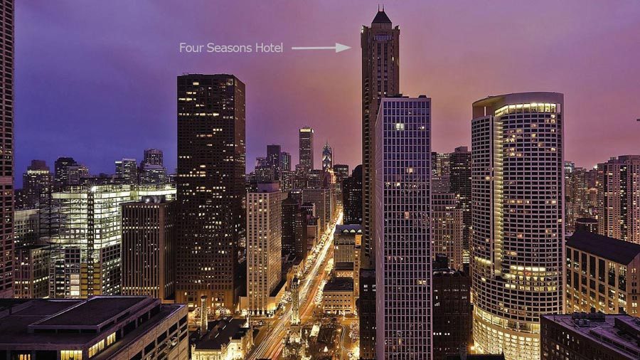 Four Seasons Hotel in Chicago Exterior Scene